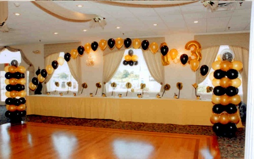 Floating Balloon Arch